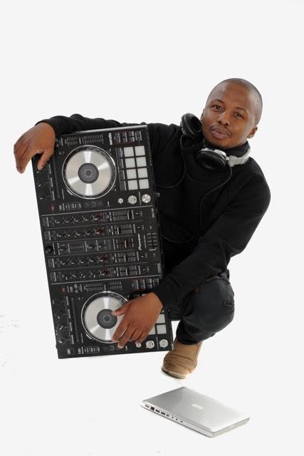 DJ Goldear
